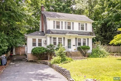 Hillsdale Single Family Home For Sale: 277 Piermont Avenue