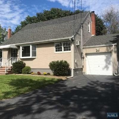 Clifton Single Family Home For Sale: 412 Fenlon Boulevard