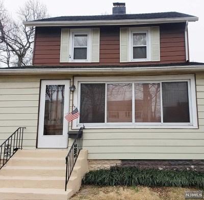 Dumont Single Family Home For Sale: 131 Virginia Avenue