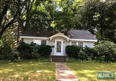 Park Ridge Single Family Home For Sale: 35 Summit Street