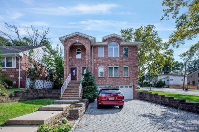 Ridgefield Condo/Townhouse For Sale: 470 Chestnut Street #B