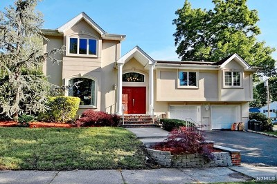 Fair Lawn Single Family Home For Sale: 38-49 Tierney Place