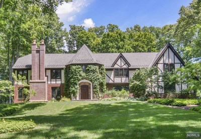 Saddle River Single Family Home For Sale: 15 Baldwin Road