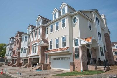Montvale Condo/Townhouse For Sale: 505 Premier Way
