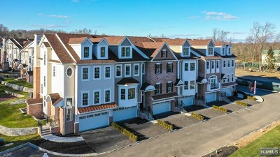 Montvale Condo/Townhouse For Sale: 304 Premier Way
