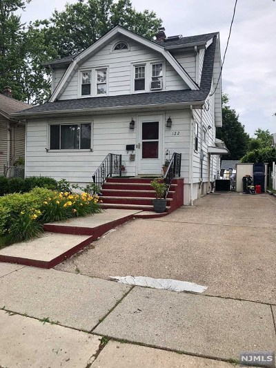Hackensack Single Family Home For Sale: 122 Fairmount Avenue