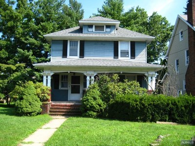Cresskill Single Family Home For Sale: 25 Florence Avenue