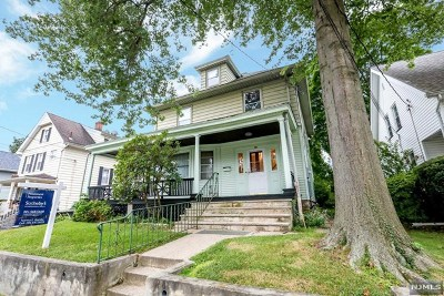 Englewood Single Family Home For Sale: 96 Brook Avenue