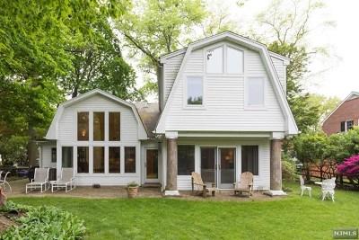 Tenafly Single Family Home For Sale: 65 Creston Avenue