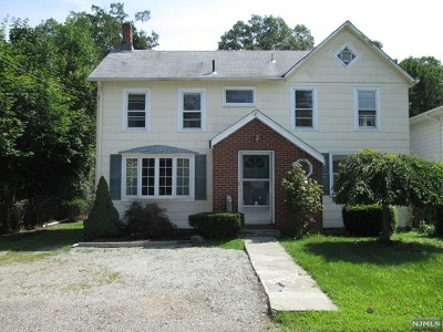 Bloomingdale Single Family Home For Sale: 92 Glenwild Avenue