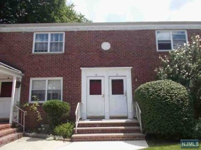 Hackensack NJ Condo/Townhouse For Sale: $138,900