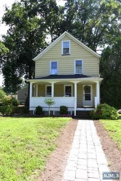 Midland Park Single Family Home For Sale: 202 Prospect Street