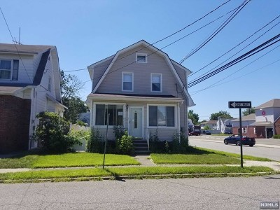 Fair Lawn Single Family Home For Sale: 1-44 26th Street