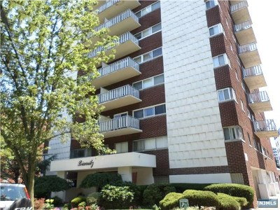 Fort Lee Condo/Townhouse For Sale: 2180 Center Avenue #1a