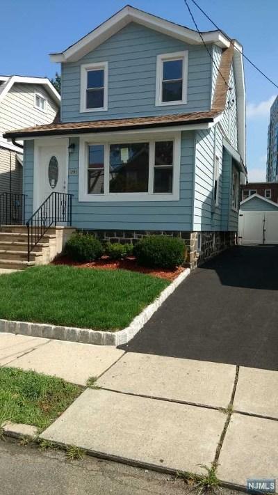 Cliffside Park Single Family Home For Sale: 391 Columbia Avenue