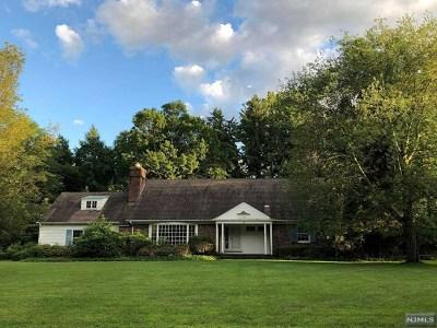 Ho-Ho-Kus Single Family Home For Sale: 3 Powderhorn Road