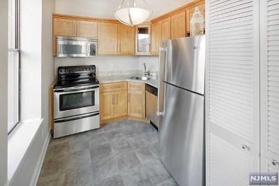 Hoboken NJ Condo/Townhouse For Sale: $369,000