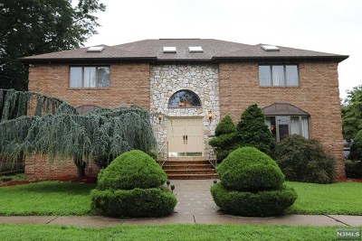 Hasbrouck Heights Single Family Home For Sale: 141 Burton Avenue