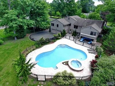 Glen Rock Single Family Home For Sale: 105 Lowell Road