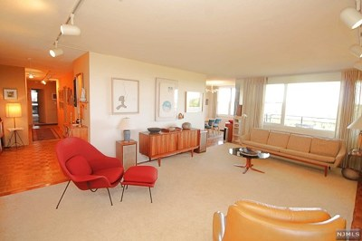 Fort Lee Condo/Townhouse For Sale: 2200 North Central Road #9k
