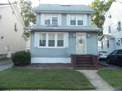 Little Ferry Single Family Home For Sale: 26 Chamberlain Avenue