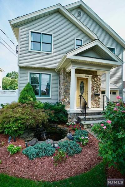 Fair Lawn Single Family Home For Sale: 24-08 Raphael Street