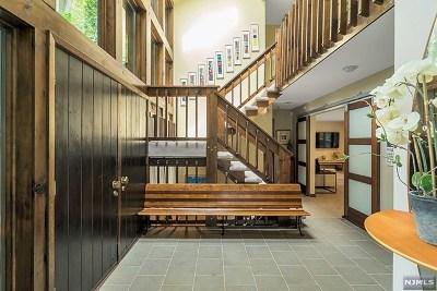 Woodcliff Lake Single Family Home For Sale: 24 Tamarack Drive
