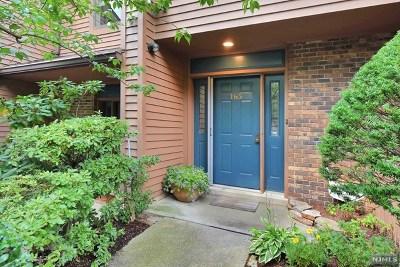 Twp Of Washington NJ Condo/Townhouse For Sale: $460,000
