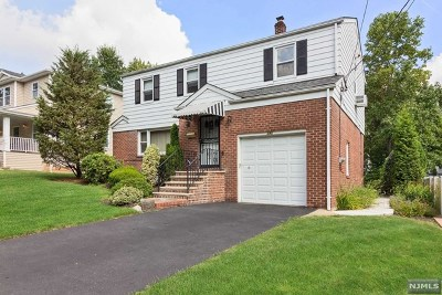 Teaneck Single Family Home For Sale: 293 West Englewood Avenue