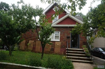 Hackensack Single Family Home For Sale: 371 Parker Avenue