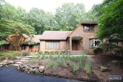 Ho-Ho-Kus Single Family Home For Sale: 6 Saddle Ridge Road