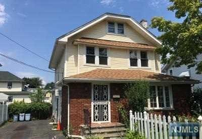 Ridgefield Park NJ Single Family Home For Sale: $299,900