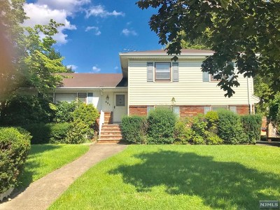Fair Lawn Single Family Home For Sale: 4-21 Karl Street
