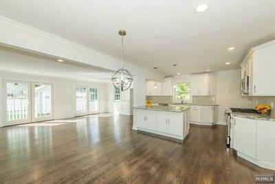 Ridgewood Single Family Home For Sale: 348 Corona Place