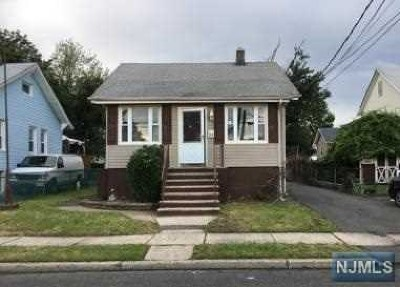 Moonachie Single Family Home For Sale: 33 Union Street