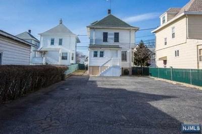 Clifton Single Family Home For Sale: 587 Clifton Avenue