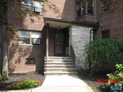 Fort Lee Condo/Townhouse For Sale: 501 Linwood Drive #4j