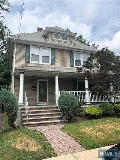 Hackensack Single Family Home For Sale: 21 Vanderbeck Place