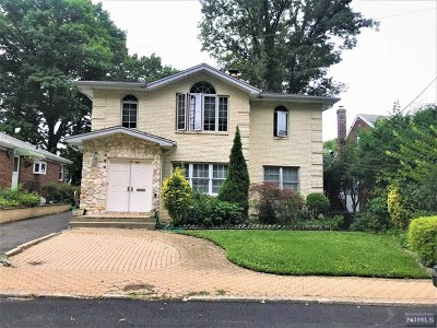 Fort Lee Single Family Home For Sale: 264 McCloud Drive