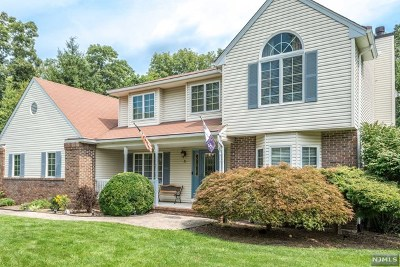 West Milford Single Family Home For Sale: 25 Orleans Lane