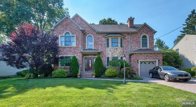 Oradell Single Family Home For Sale: 241 Camden Street