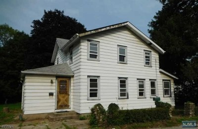 Wanaque Single Family Home For Sale: 19 1st Avenue