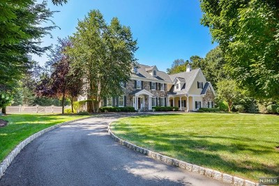 Franklin Lakes Single Family Home For Sale: 304 Sleepy Hollow Lane