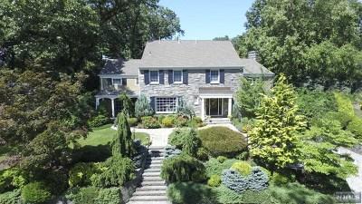 Ridgewood Single Family Home For Sale: 34 North Murray Avenue