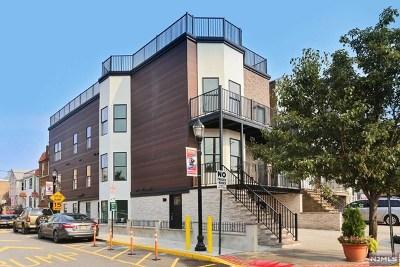 Union City Condo/Townhouse For Sale: 901 Palisade Avenue #3