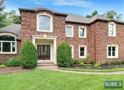 Franklin Lakes Single Family Home For Sale: 300 Skyridge Road