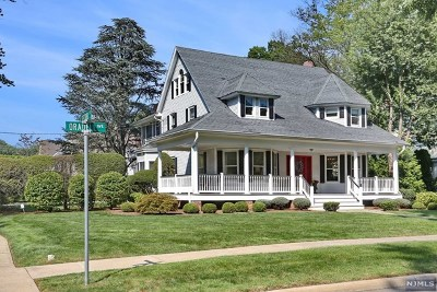 Oradell Single Family Home For Sale: 422 Oradell Avenue