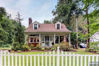 Wyckoff Single Family Home For Sale: 477 Baxter Avenue