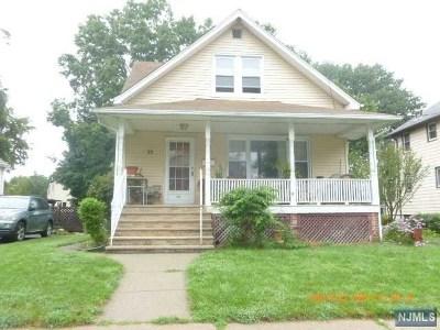 Teaneck Single Family Home For Sale: 75 Washington Place