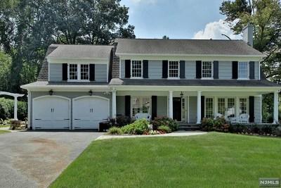 Ridgewood Single Family Home For Sale: 386 Glenwood Road